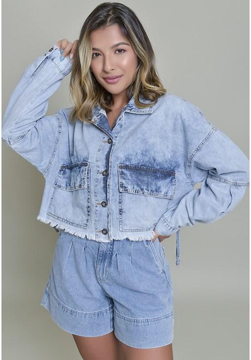 Jaqueta Jeans Dialogo Cropped Marmorizado Com Botões Frontais Feminina